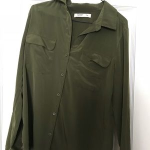 Old Navy green button up